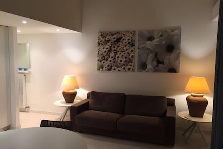 Mini-Attico centro città con p.auto - Grado - Apartment