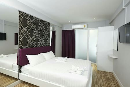 Newest Hotel near Donmuang Airport - Apartamento
