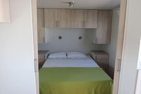 Habitacion Privada en Paracas 360 Eco Hostel - Camper/RV
