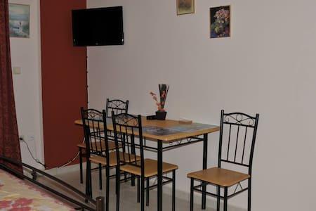 20 m3 studio in Egaleo-Athens  - Αιγάλεω - Wohnung
