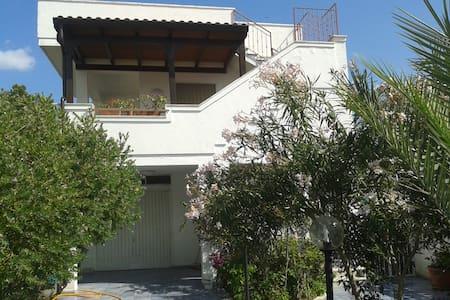 Villa vacanza in Salento (1° piano) - Lägenhet