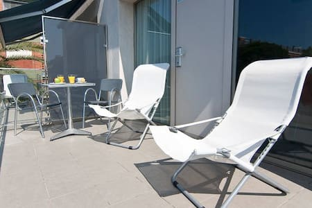 Apartment with a sunny terrace - Castelldefels - Apartment