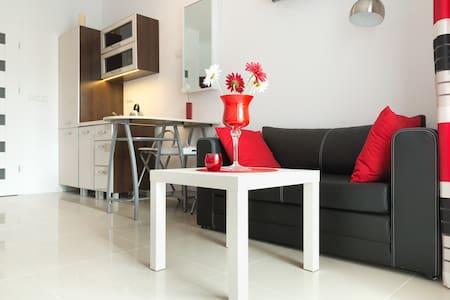 Apartament a-RED - Metro Młociny
