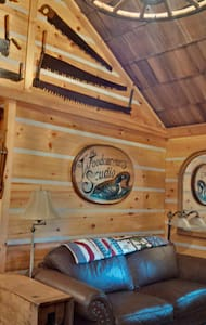 The Woodcarver's Studio Cabin - Huron-Kinloss