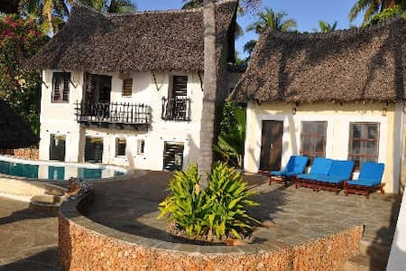 Mguni Beach house - House