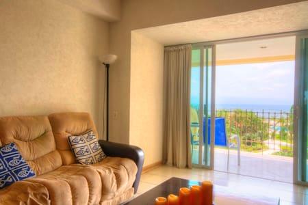 Bay view grand one bedroom condo!