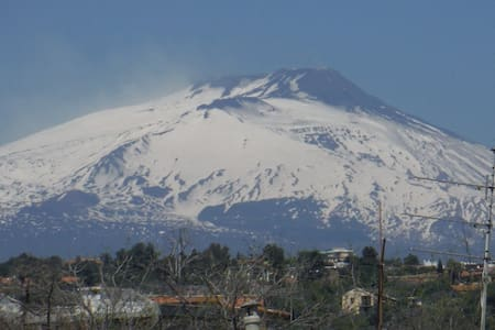Cosy penthouse overlooking Etna - Catania
