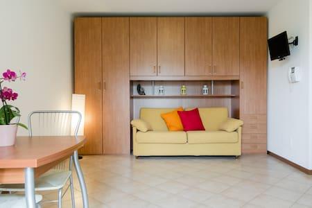 Accogliente monolocale - Apartment