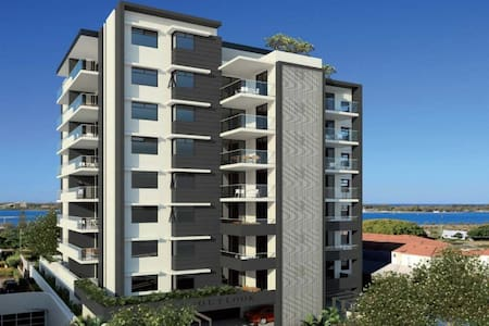 Outlook Apartment with Great View - Southport