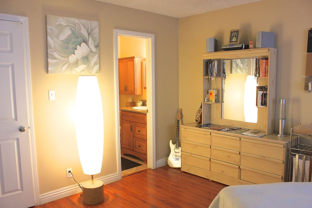 Soft white lighting along with your own Private bathroom