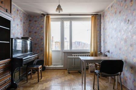9й этаж кирпичной башни - Lägenhet