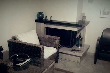 Sophisticated guest house - Patras - Casa