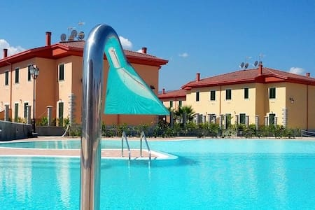 Rossano Acquapark Afrodite 5/6posti - Villa