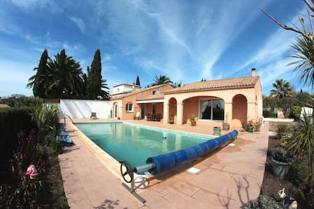 Superbe villa 6 pers avec piscine