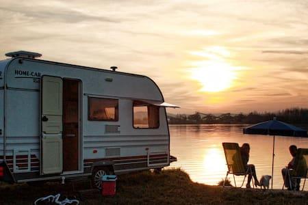 Ubytování v karavanu - Malé Hradisko