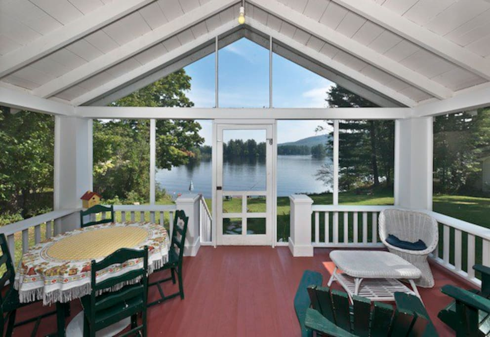 Favorite Room - Screened Porch overlooking Lake