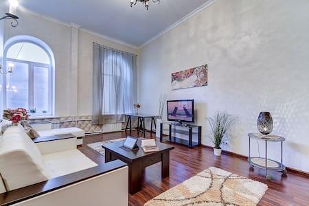 """Second Home"" Apartments, Nevsky 91 - Lejlighed"