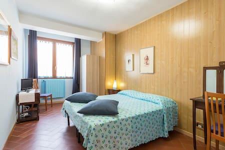 """LA CASA DI NICCA"" Stanza Azzurra - House"
