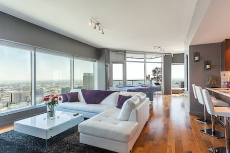 DOWNTOWN LA POOL TABLE PENTHOUSE SUITE +5 BEDS - Los Angeles - Apartment