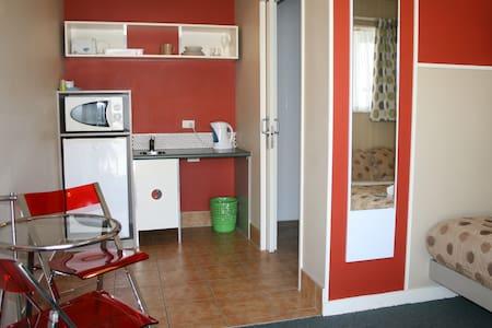 Astray Accommodation - Rotorua - Apartment