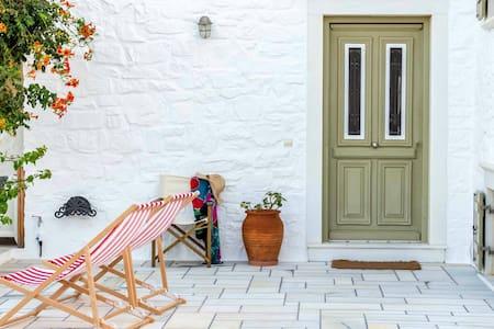 Paros - Santa Maria,  Summer House - Talo