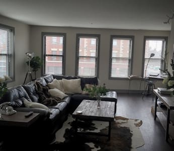 Beautiful Short North Apartment