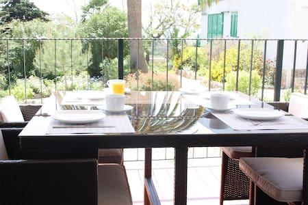 QUIET TIME & FAMILY, BEACH, GARDEN, BUSINESS TRIP - Tarragona