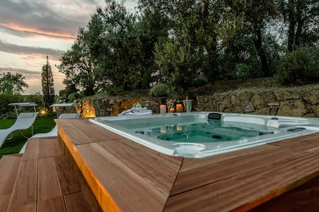 Independent villa with jacuzzi - Vinci - Talo