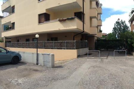 Appartamento nelle vicinanze del MUSE - Appartement