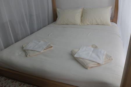 Unwind, indulge, in peace & comfort - Bed & Breakfast