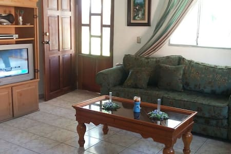Casa Margarita - Beach Paradise - House