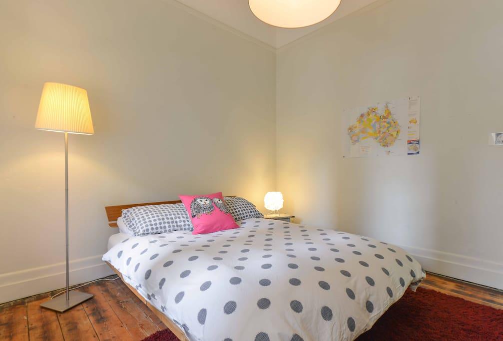 smaller bedroom...great latex mattress