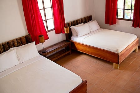 Istmo Yoga and Adventure Retreat - San Carlos District - Bed & Breakfast