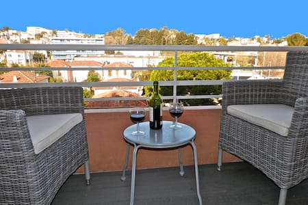 Lumineux appartement centre Antibes