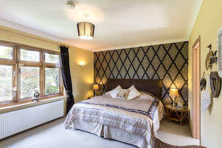 Luxury B&B Chilham Canterbury, kent - Bed & Breakfast