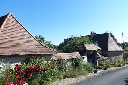Maison a la campagne Périgord Noir - FOSSEMAGNE - Huis