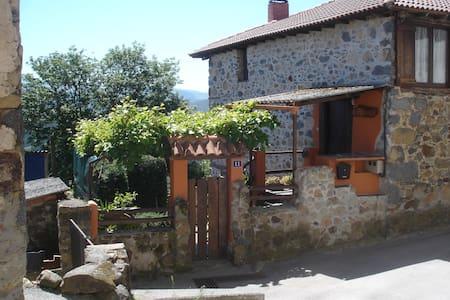 Casa tradicional Asturiana - Hus