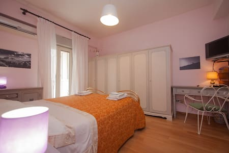 double room cloce to Taormina (B&B) - Bed & Breakfast