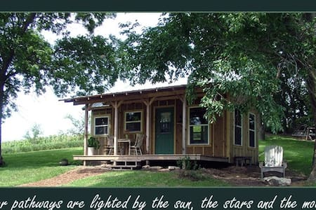 The Cabin at Honey Creek - Cabanya