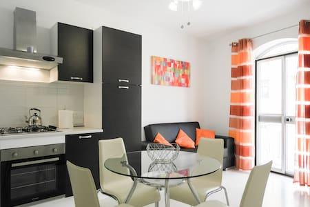 Two Bedroom Apartment - Sea views - Marsaskala