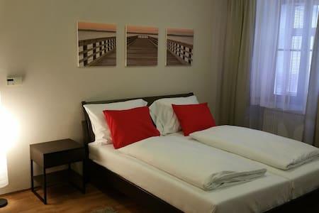 Tylova Apartments - Apartment