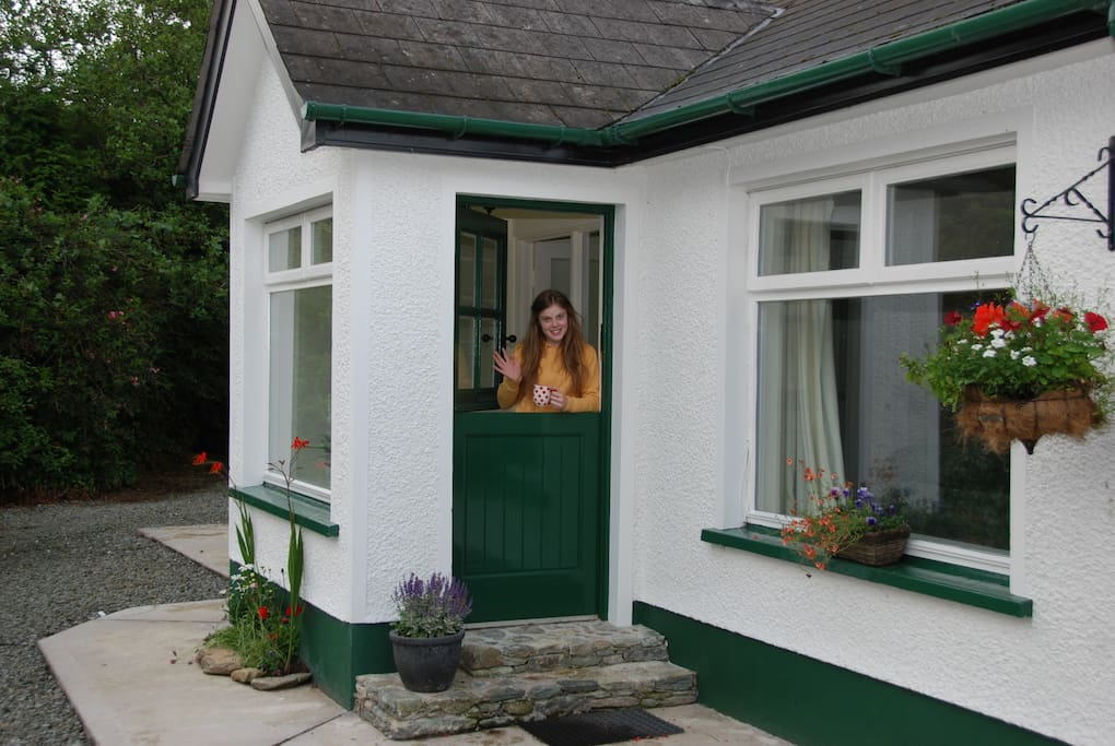Hawthorn Cottage, come on in!