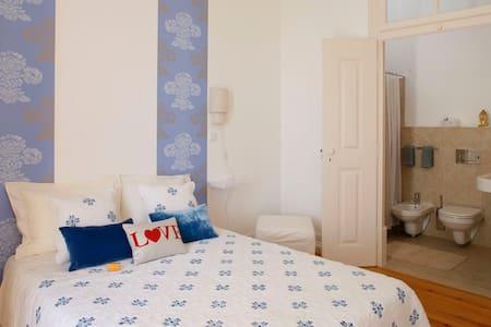 Casa Azul - House