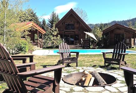 Icicle Camp, Spa, Pool, Views - Ливенворт - Бунгало