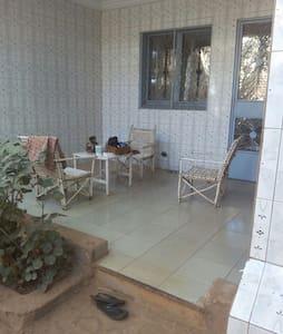Mini villa - Ouagadougou - House