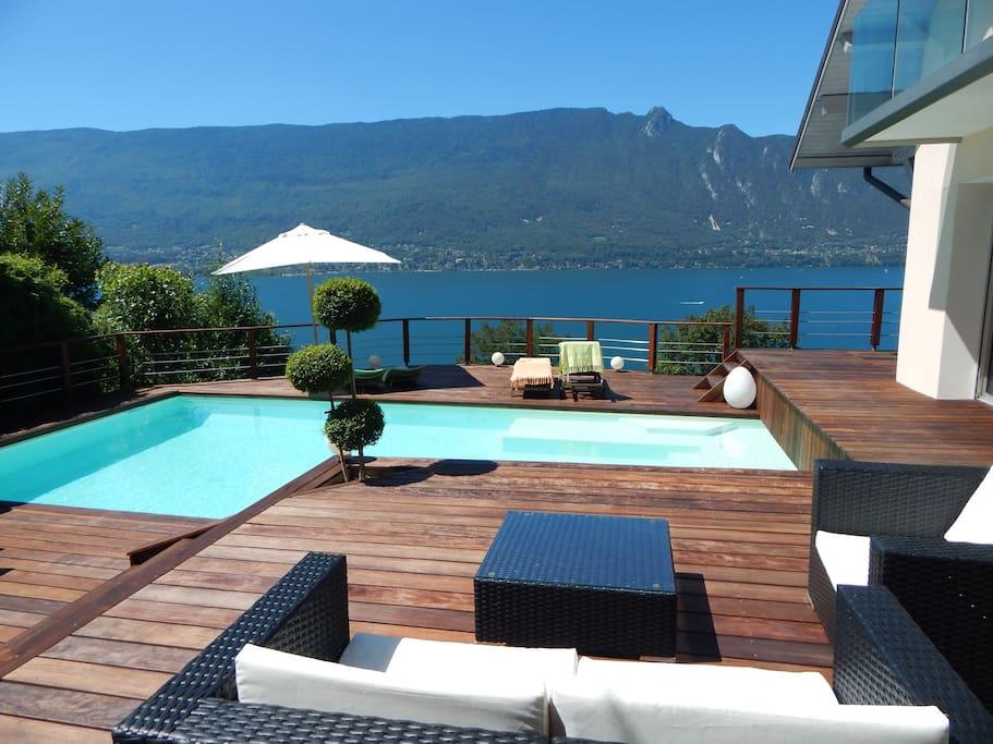 8 tr s belles locations airbnb avec vue sur le lac du for Camping bourget du lac avec piscine