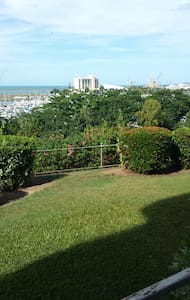 Seaviews - self contained 2 bedrooms - Apartment