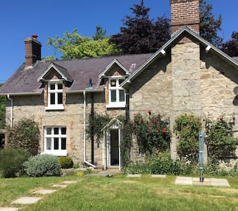 Secluded Country Cottage - Abergele - 一軒家