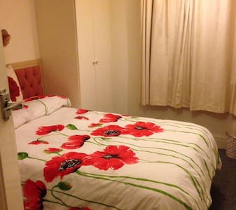 Close to Highbury College and QA - Portsmouth