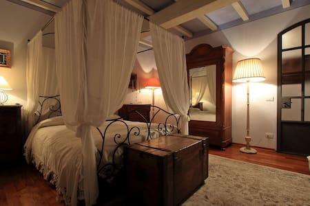 Oliver Guest House - Maison